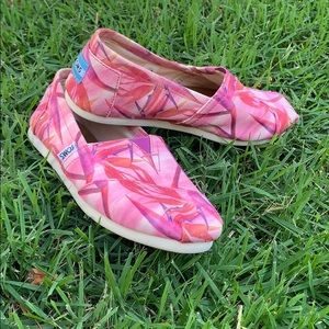 Pink Tropical TOMS